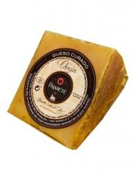 Pajarete's goat's cured cheese - wedge