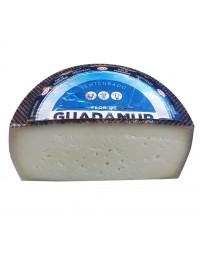 Flor de Guadamur half piece Semicured cheese