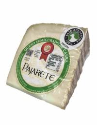 Pajarete's goat's semi cured cheese - wedge