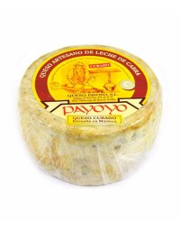 Payoyo cured goat's cheese with butter